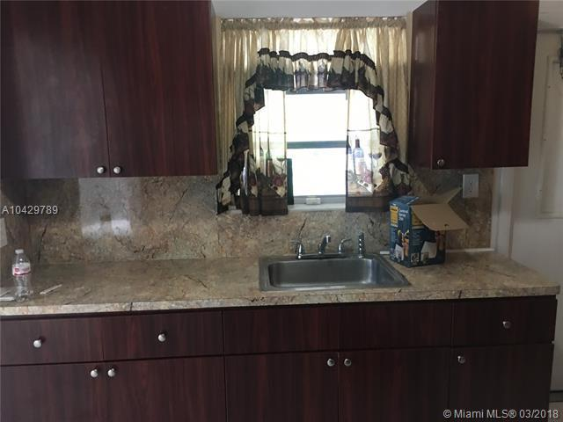 Imagen 7 de Single Family Florida>Miami>Miami-Dade   - Sale:285.000 US Dollar - codigo: A10429789