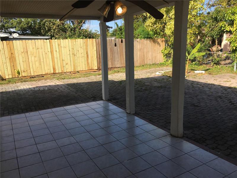 Imagen 8 de Single Family Florida>Miami>Miami-Dade   - Sale:285.000 US Dollar - codigo: A10429789