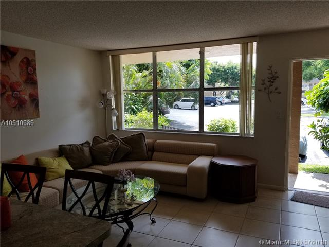 4898 NW 29th Ct  Unit 110, Lauderdale Lakes, FL 33313-1646