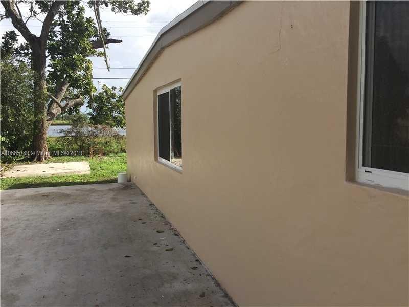 14074 NW 17th Ave  Unit 14074, Opa-Locka, FL 33054-2179