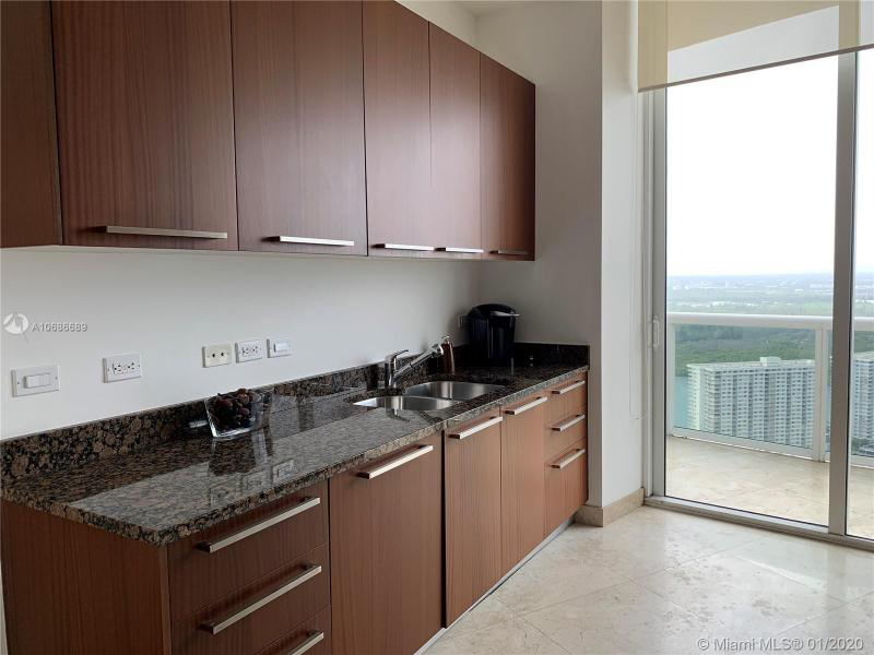 16001 COLLINS AV 3805, Sunny Isles Beach, FL, 33160