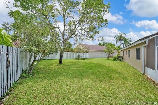 17606 SW 10 st, Pembroke Pines, FL, 33029