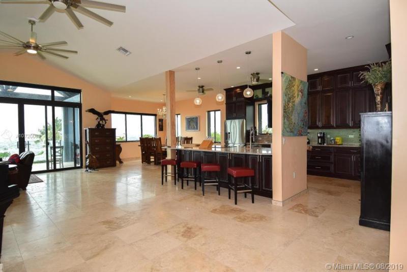 104160 Overseas Hwy, KEY LARGO, FL, 33037