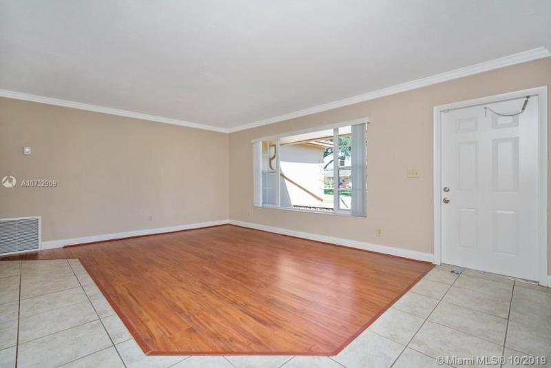 8420 NW 17th Ct, Pembroke Pines, FL, 33024