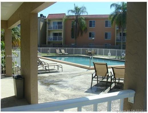 5231 Geneva Way  Unit 301, Doral, FL 33166