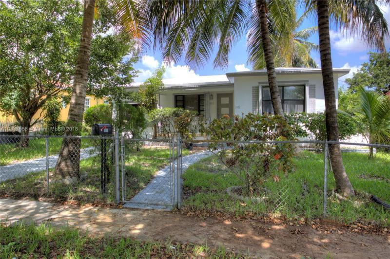 North Miami Beach Single Family A10337556