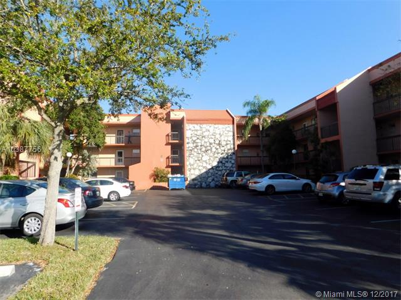 7305 NW 4th PLACE  Unit 201, Margate, FL 33063-