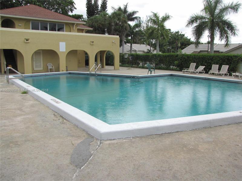 6860 Sample Road, Coral Springs FL 33067-