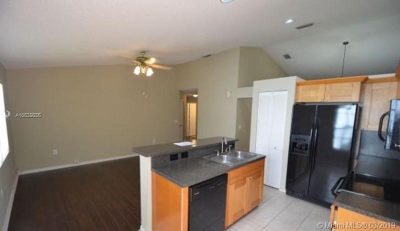 7824 NW 33rd St, Margate, FL, 33063
