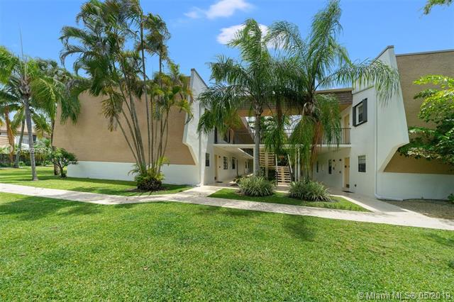 8605 SW 68th Ct  Unit 26, Pinecrest, FL 33143-7842
