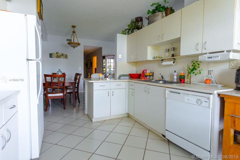 14909 SW 15th St 14909, Pembroke Pines, FL, 33027