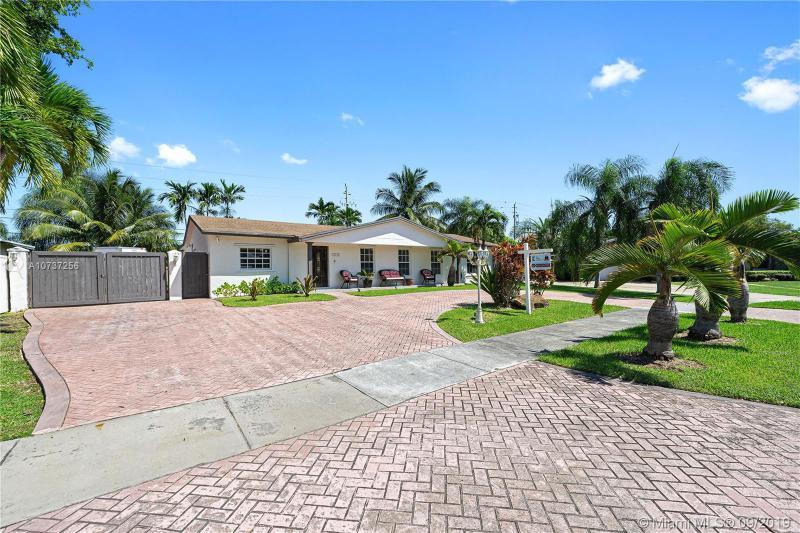 12231 SW 104th Ter,  Miami, FL