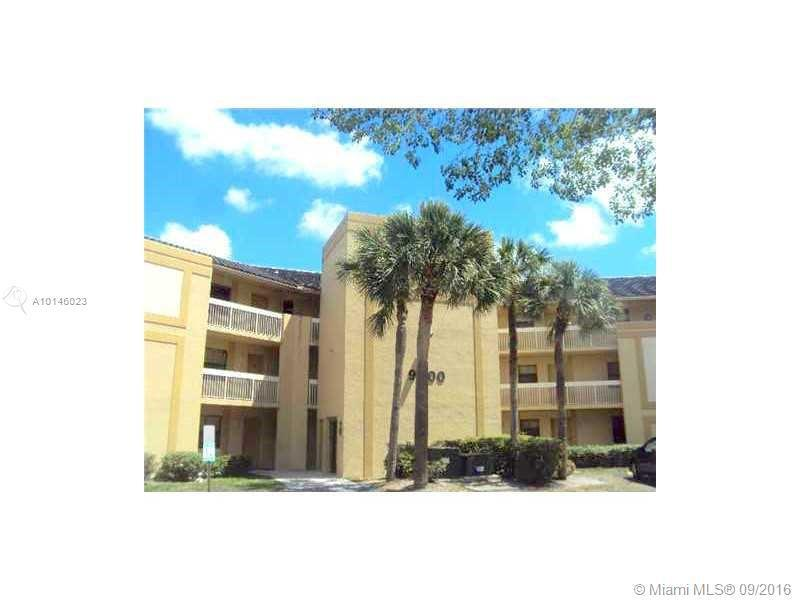 Coral Springs Condo/Villa/Co-op/Town Home A10146023