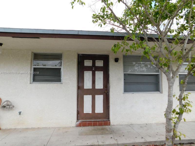 1633  Dewey St , Hollywood, FL 33020-6116