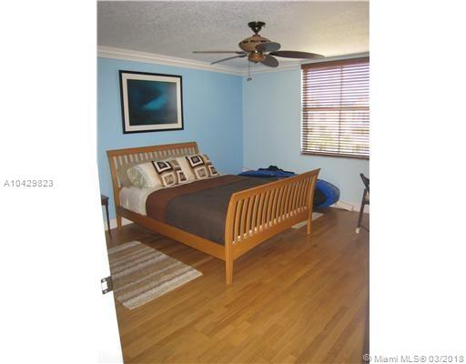 Imagen 11 de Townhouse Florida>Dania Beach>Broward      - Sale:334.922 US Dollar - codigo: A10429823