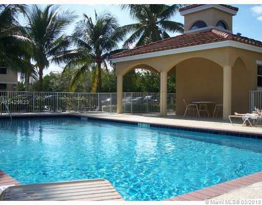 Imagen 18 de Townhouse Florida>Dania Beach>Broward      - Sale:334.922 US Dollar - codigo: A10429823