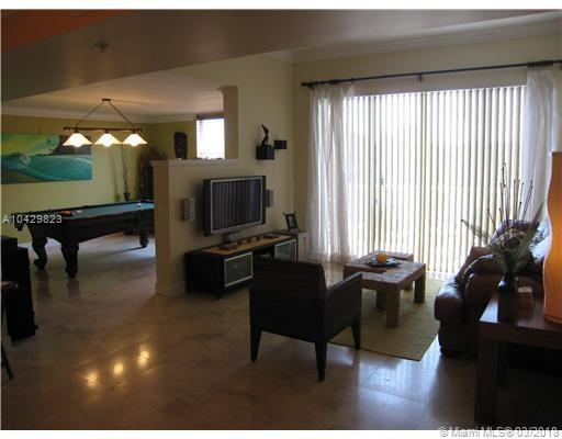 Imagen 2 de Townhouse Florida>Dania Beach>Broward      - Sale:334.922 US Dollar - codigo: A10429823