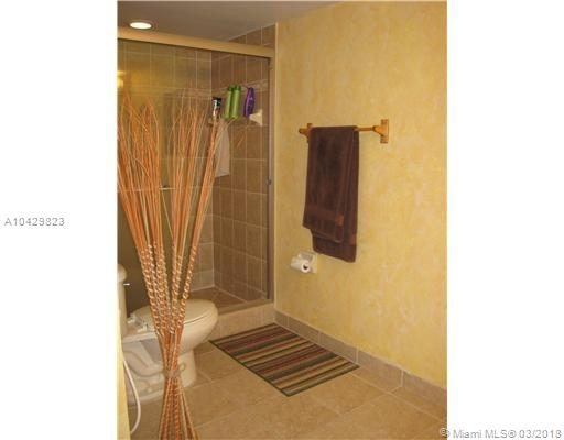 Imagen 6 de Townhouse Florida>Dania Beach>Broward      - Sale:334.922 US Dollar - codigo: A10429823