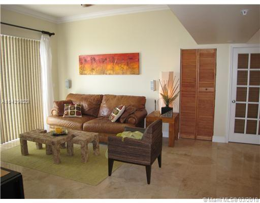 Imagen 8 de Townhouse Florida>Dania Beach>Broward      - Sale:334.922 US Dollar - codigo: A10429823