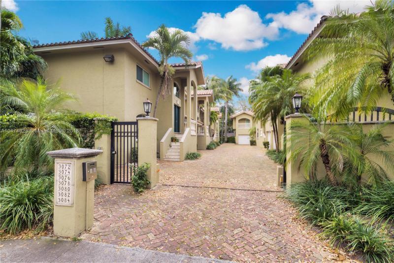 3741  Kumquat Avenue , Coconut Grove, FL 33133-5607
