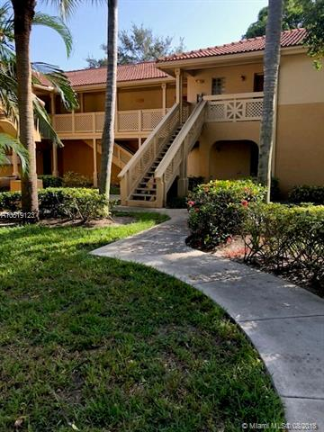 4839 Via Palm Lakes, West Palm Beach FL 33417-