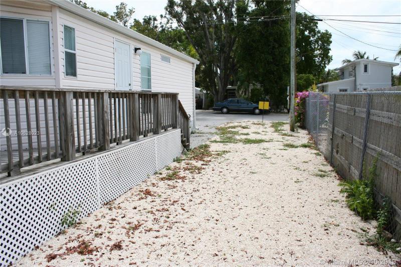 107 1st Court, KEY LARGO, FL, 33037