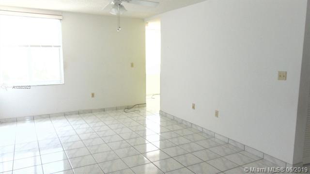 250 180th Dr 307, Sunny Isles Beach, FL, 33160
