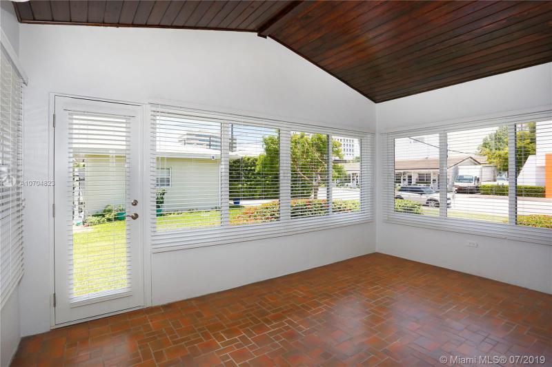 301 Malaga Ave 301, Coral Gables, FL, 33134
