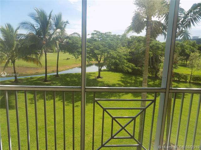 3500 Oaks Clubhouse Dr 208, Pompano Beach, FL, 33069