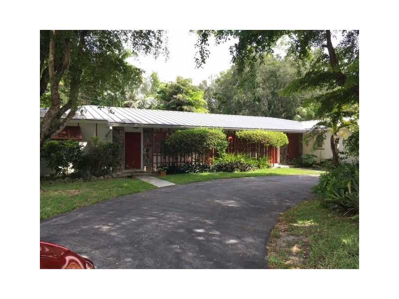 8950 69 CT  Unit 311, Pinecrest, FL 33156