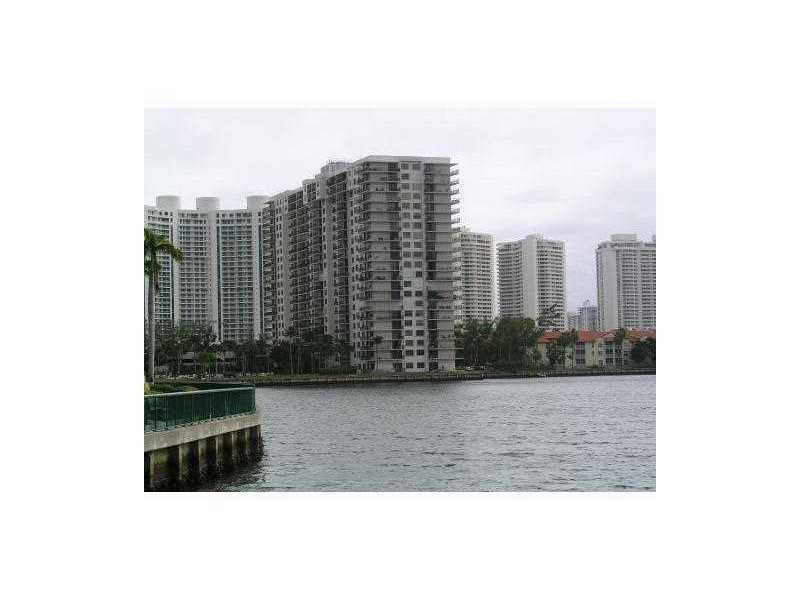 19601 Country Club Dr  Unit 7, Aventura, FL 33180