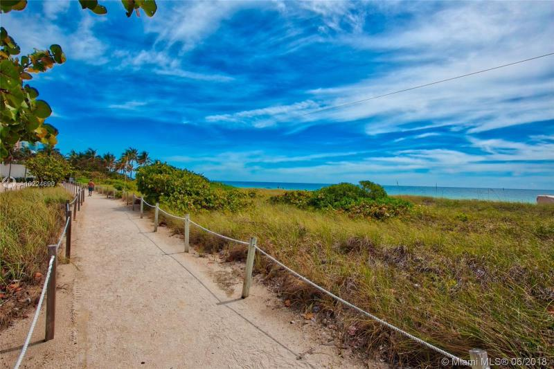 For Sale at  9595   Collins Ave #N2-H Surfside FL 33154 - Solimar Condo - 2 bedroom 2 bath A10224690_3