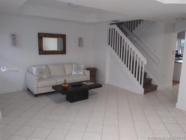 6165 NW 114th Ct  Unit 111, Doral, FL 33178-4504