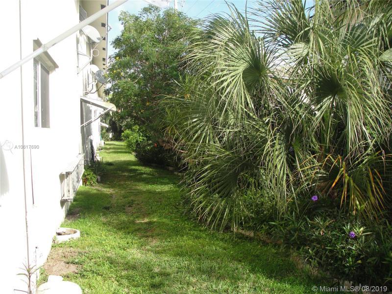 4111 NE 21st Way 107, Lighthouse Point, FL, 33064
