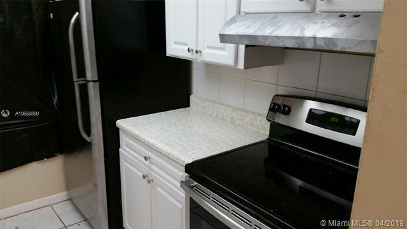 1201 SW 50th Ave  Unit 211 North Lauderdale, FL 33068-4090 MLS#A10658890 Image 2