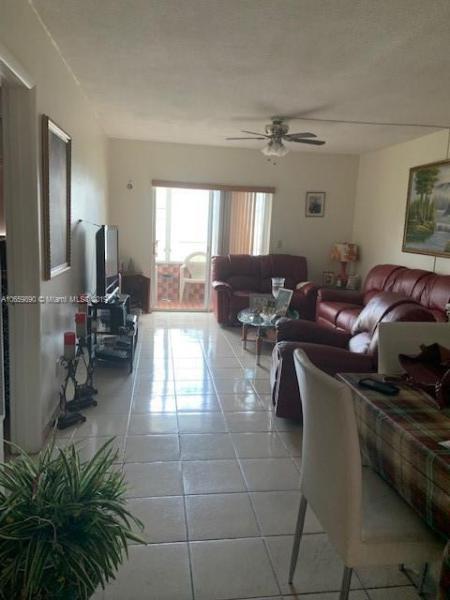 12401  #35 W Okeechobee Rd , Hialeah Gardens, FL 33018-2924