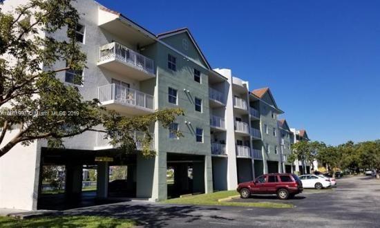 8200 SW 210th St  Unit 303, Cutler Bay, FL 33189-3468