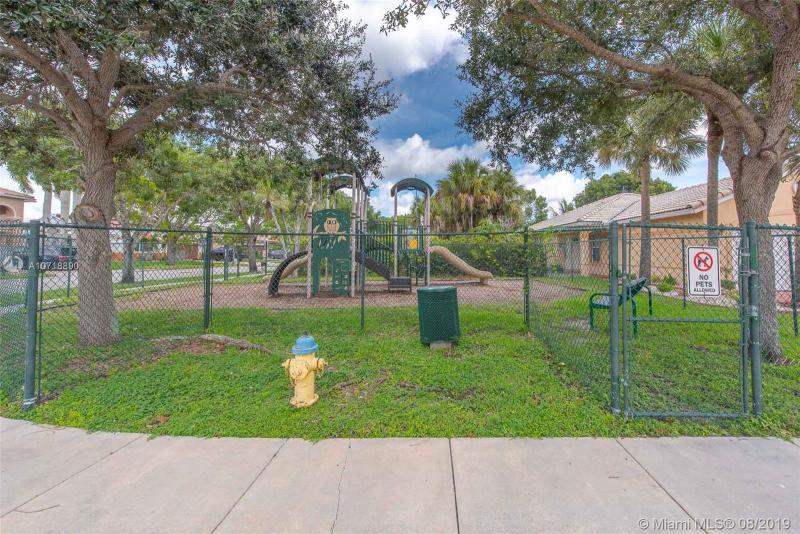 20894 NW 20th St, Pembroke Pines, FL, 33029