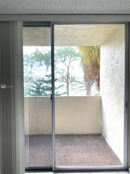 10090 NW 80th Ct 1226, Hialeah Gardens, FL, 33016