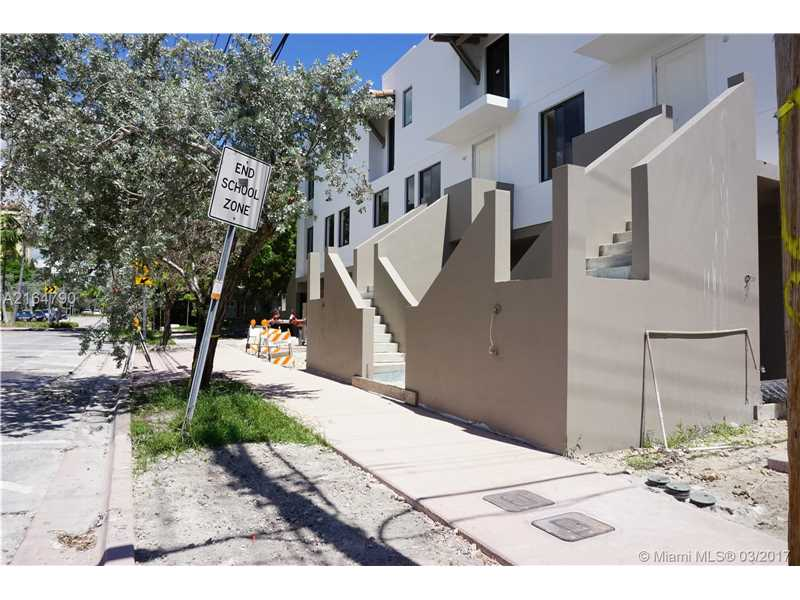 Coral Gables Condo/Villa/Co-op/Town Home A2164790