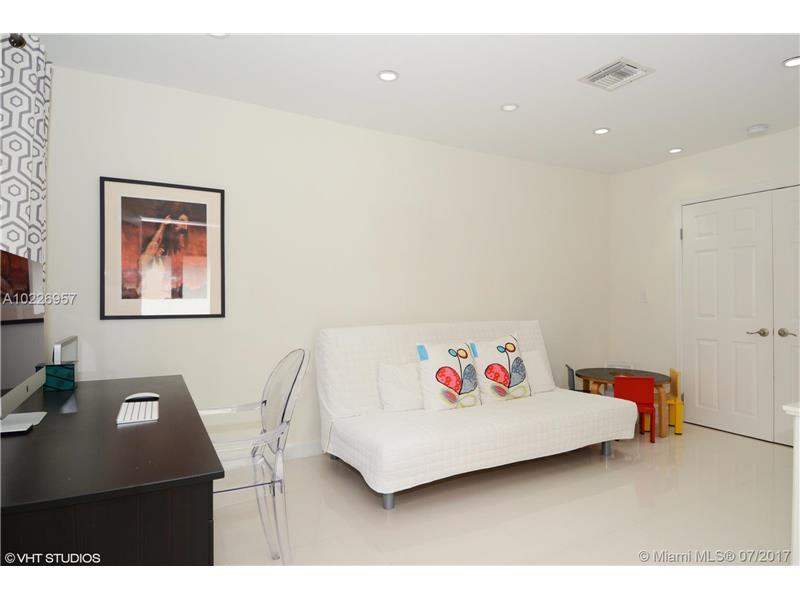 For Sale at  9520   Biscayne Blvd Miami Shores  FL 33138 - Miami Shores Sec 3 - 4 bedroom 3 bath A10226957_18