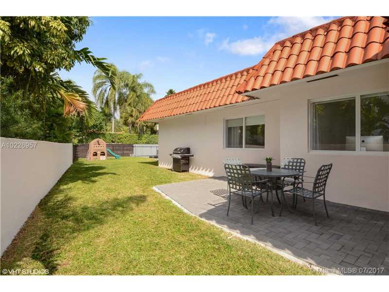 For Sale at  9520   Biscayne Blvd Miami Shores  FL 33138 - Miami Shores Sec 3 - 4 bedroom 3 bath A10226957_5
