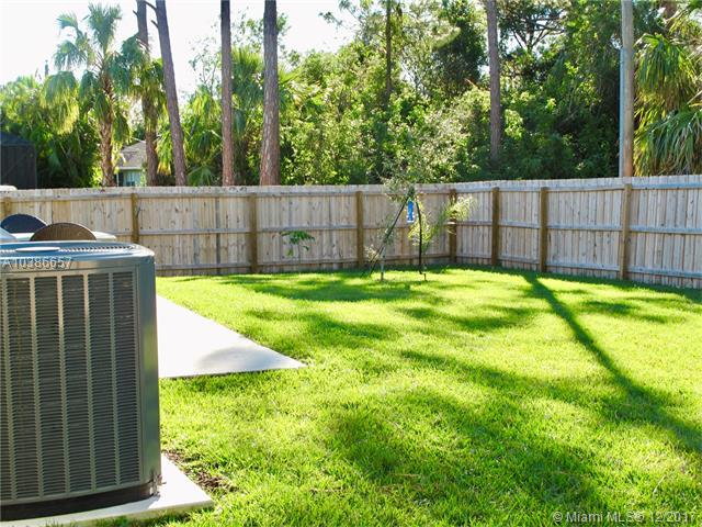 PORT ST LUCIE SECTION 25 REALTY