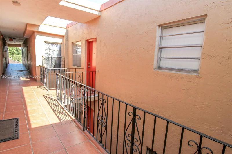 Imagen 3 de Residential Rental Florida>Hialeah>Miami-Dade   - Rent:1.375 US Dollar - codigo: A10429257