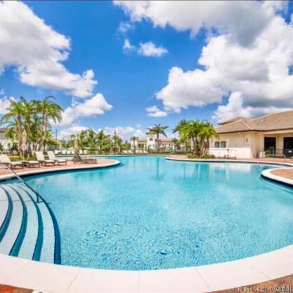9326 W 32 Ln 9326, Hialeah Gardens, FL, 33018