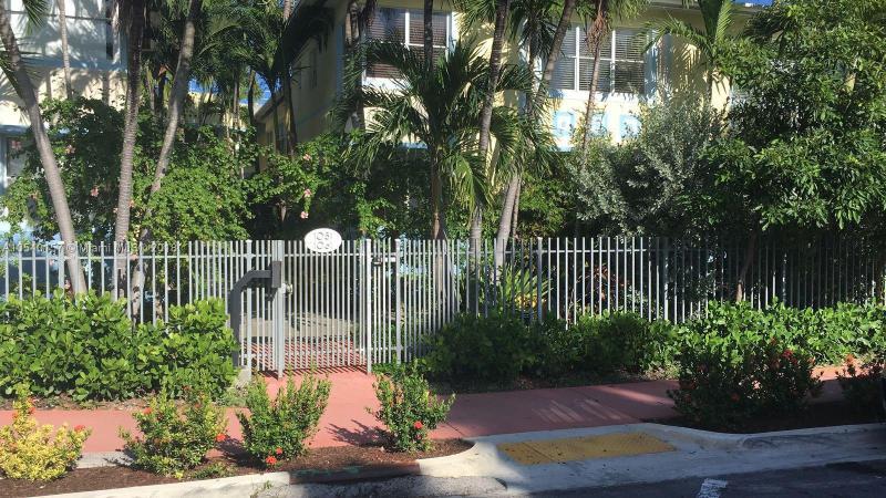 6001 SW 70th St  Unit 654, South Miami, FL 33143-3405