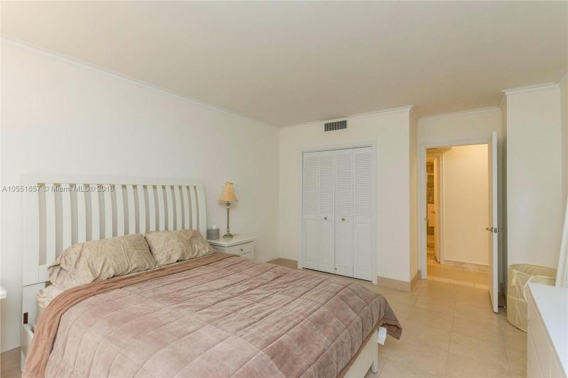 9801  Collins Ave  Unit 15 Bal Harbour, FL 33154-1830 MLS#A10551657 Image 12