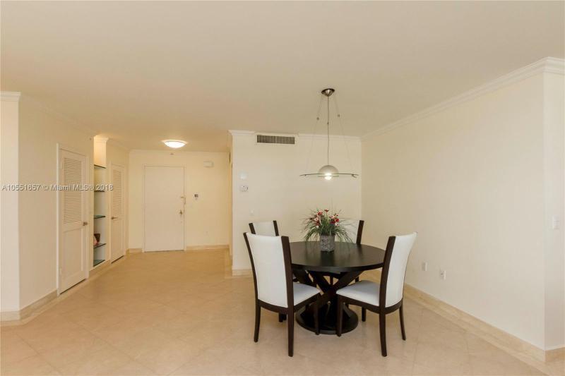 9801  Collins Ave  Unit 15 Bal Harbour, FL 33154-1830 MLS#A10551657 Image 25