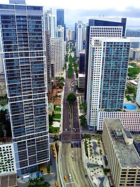 200  Biscayne Boulevard Way,  Miami, FL