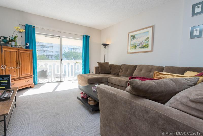 100 Edgewater Dr 339, Coral Gables, FL, 33133